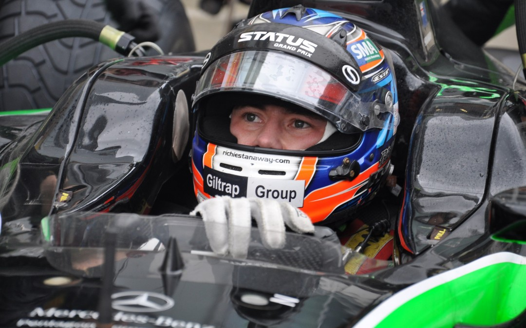 FRONT ROW START FOR STATUS IN GP2 SPRINT RACE