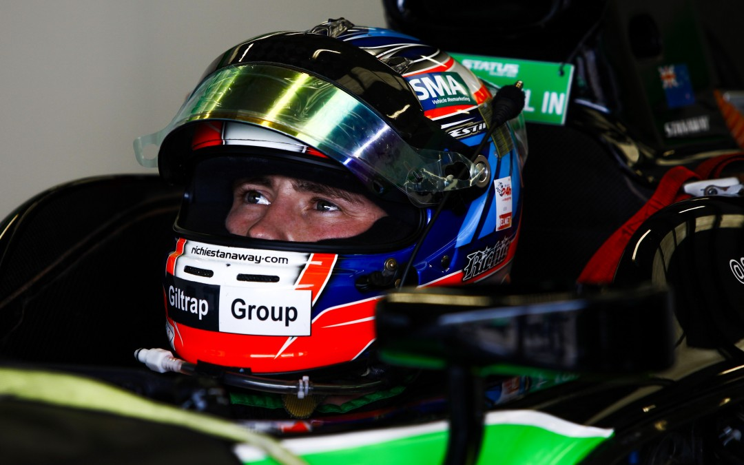 Stanaway Qualifies 3rd for GP2 Feature Race