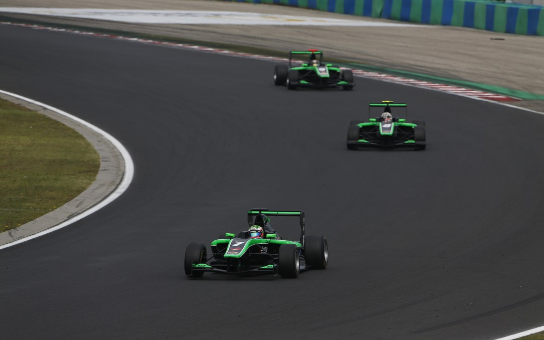 STATUS GP3 DRIVERS FINISH LINE ASTERN